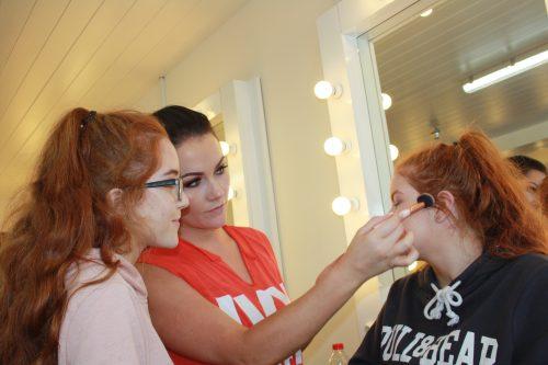 teenage makeup workshop, grainne mccoy teenage, makeup artist,
