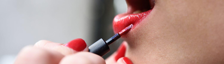 Red Lipstick, makeup application, grainne mccoy, apprentice 2016 makeup artist